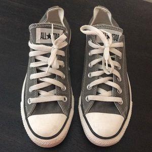 Grey converse size 8